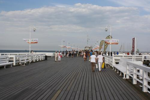 On the Pier. Photo by Richard Varr